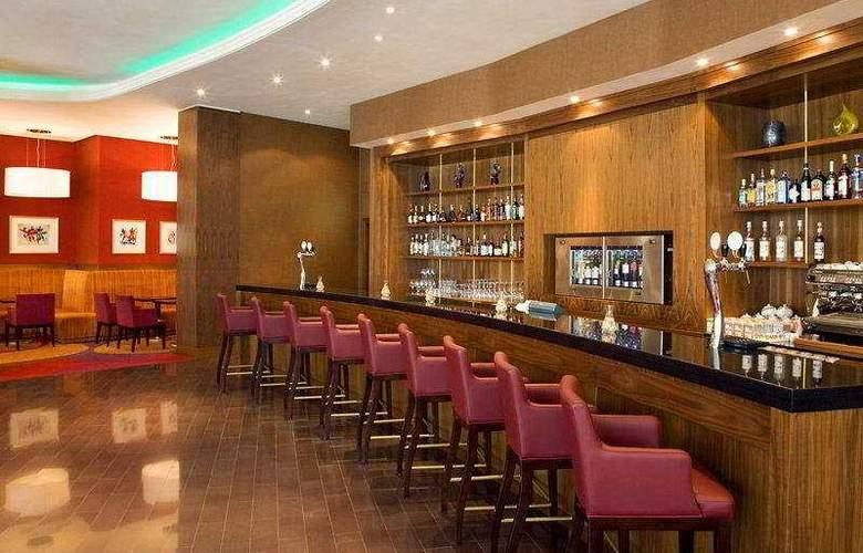 Renaissance Moscow Monarch Centre - Bar - 8