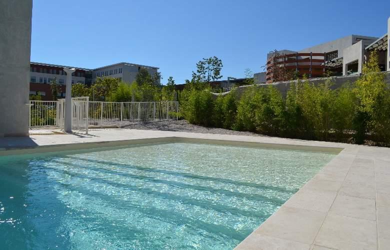 Holiday Inn Express Montpellier Odysseum - Pool - 1