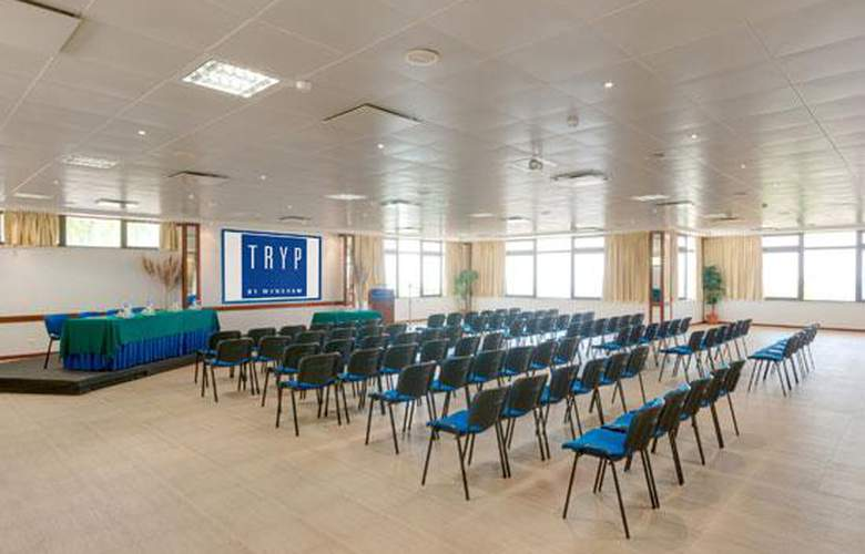 Tryp Colina do Castelo - Conference - 16