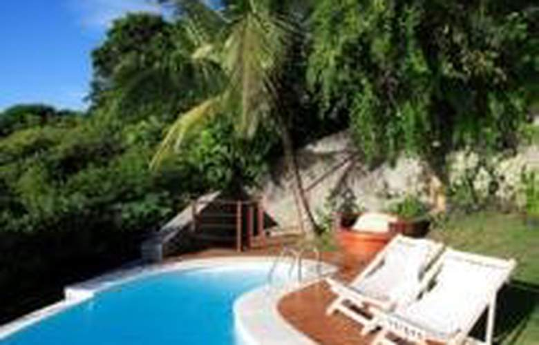 Insolito Boutique Hotel - Pool - 2