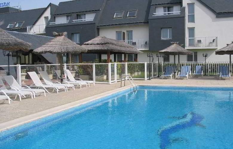 Inter-Hotel Aquilon Saint-Nazaire - Pool - 11