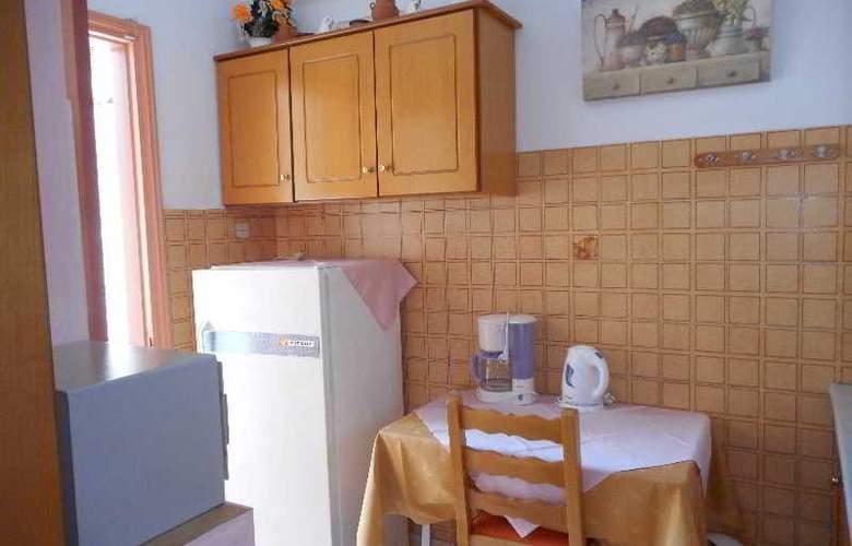 Galazios Kolpos Pension - Room - 38