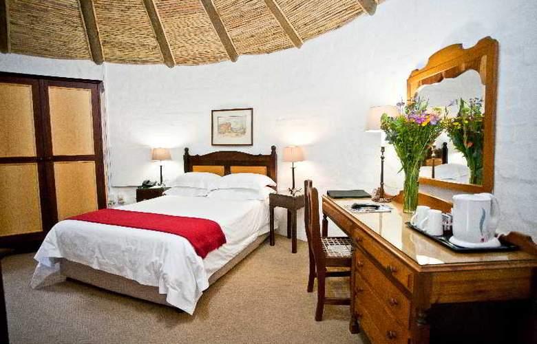 Protea Hotel Oudtshoorn Riempie Estate - Room - 2