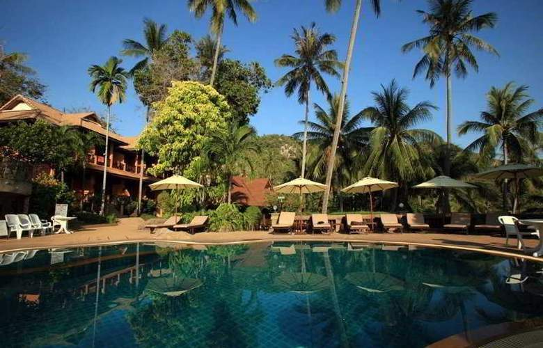 Coral Cove Chalet - Pool - 16