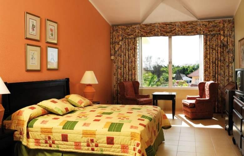 Capella Beach - Room - 11