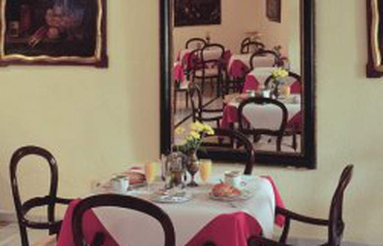 Gonzalez - Restaurant - 1