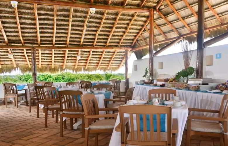 Las Villas Akumal - Restaurant - 17