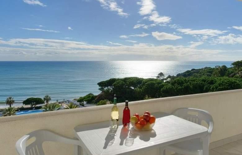 Grand Muthu Oura View Beach Club - Terrace - 14