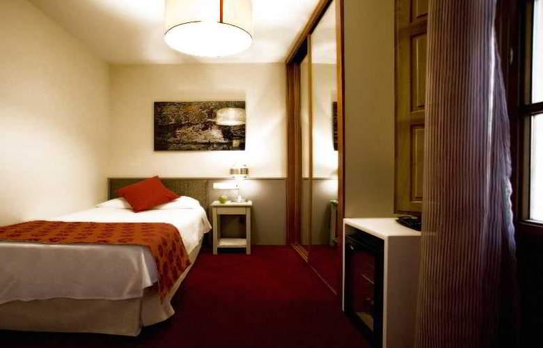 Room Mate Vega - Room - 4