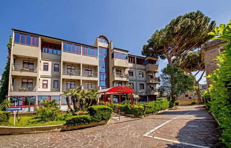Jonico - Hotel - 0