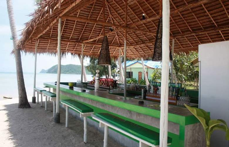 Lime N Soda Beachfront Resort - Restaurant - 2