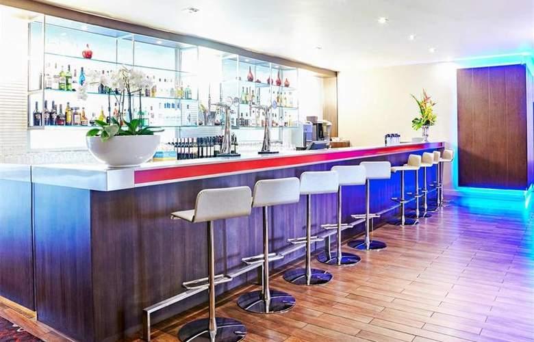 Novotel York Centre - Bar - 6