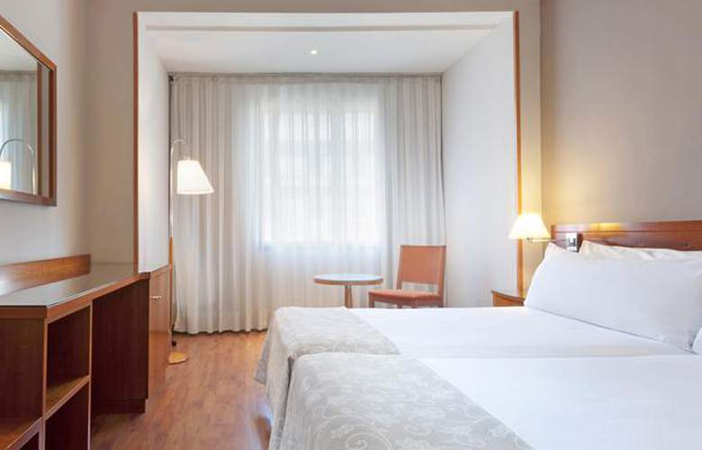 Madrid Centro Managed by Meliá - Room - 10
