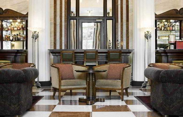 The Ritz-Carlton Budapest - Bar - 23