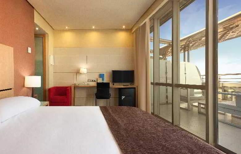 Silken Puerta Valencia - Room - 12