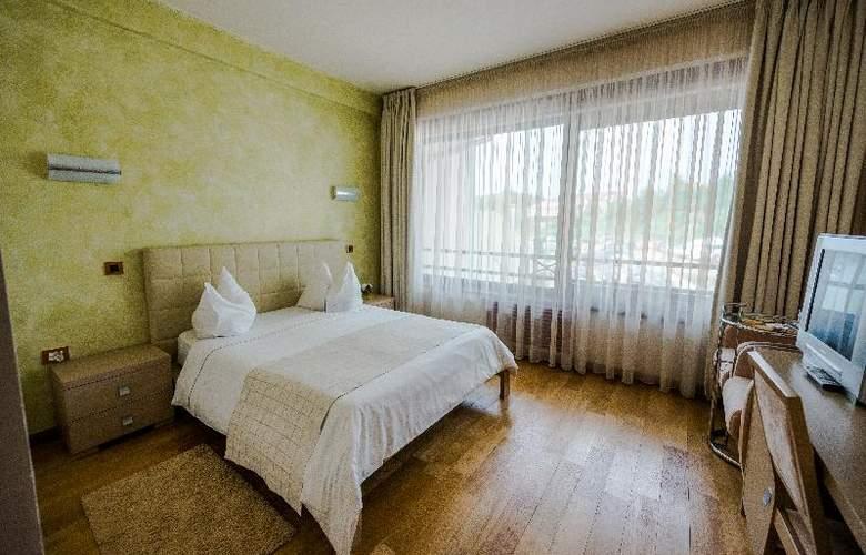 Sunny Hill - Room - 11
