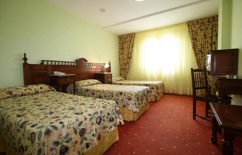 Cueli - Room - 11