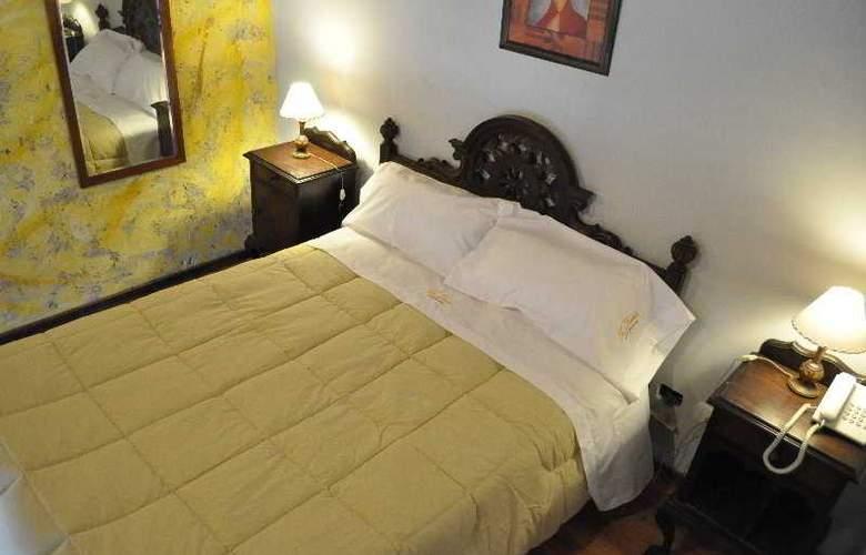 La Fresque Hotel - Room - 3