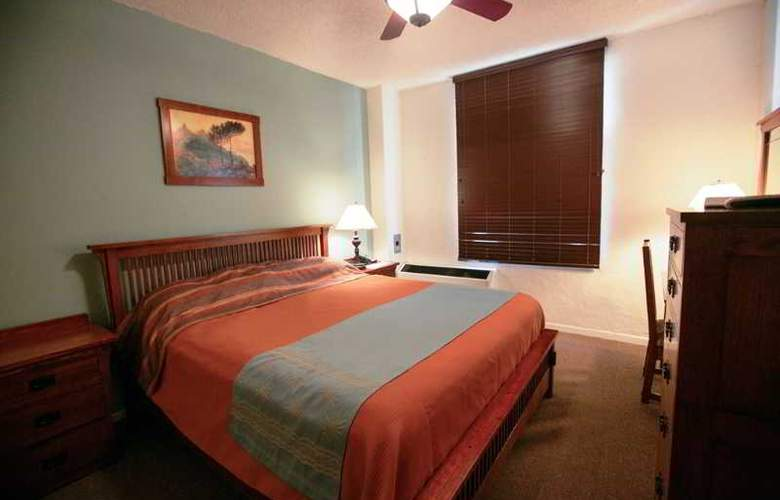 Carmel - Room - 5