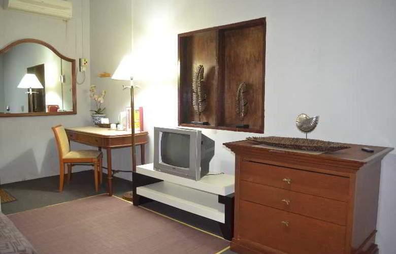 Rasa Eksotika Vacation Home - Room - 17