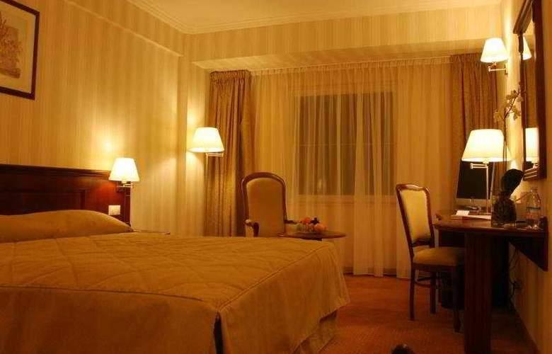 Ramada Hotel & Suites Bucharest North - Room - 2