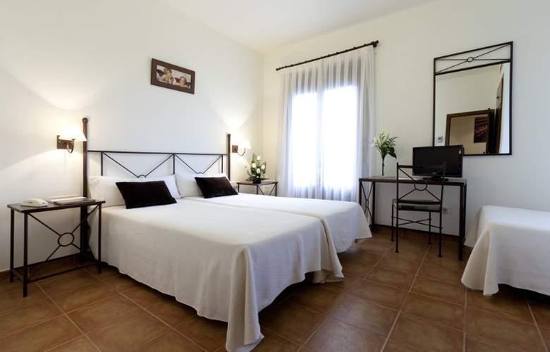 Toledo Imperial - Room - 11