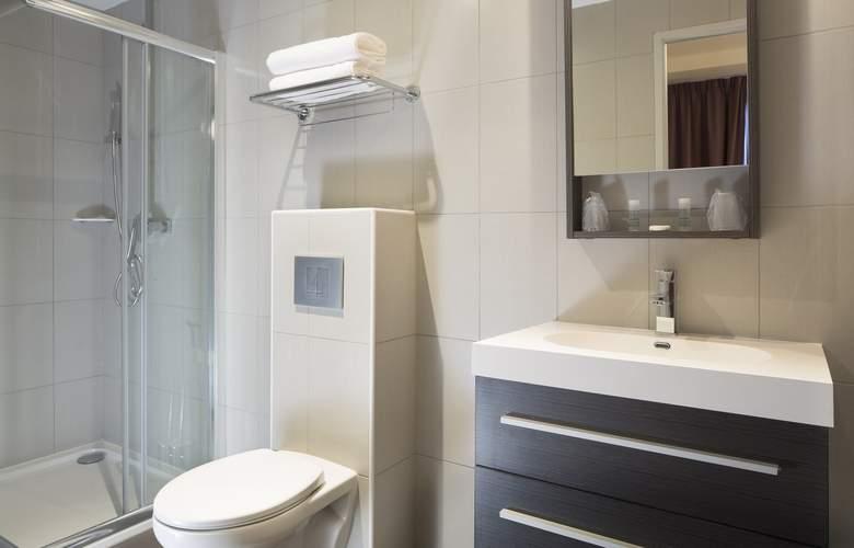 Executive Hotel - Room - 7