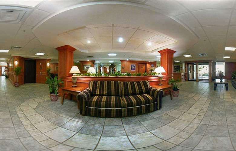Comfort Suites University - General - 1