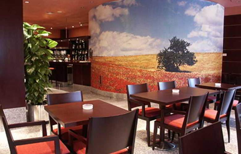 Sercotel San Juan de los Reyes - Restaurant - 25