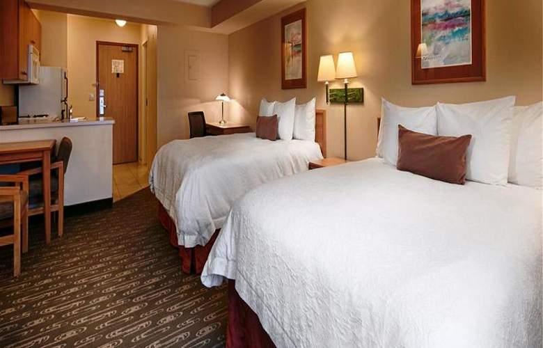 Best Western Plus Navigator Inn & Suites - Room - 11