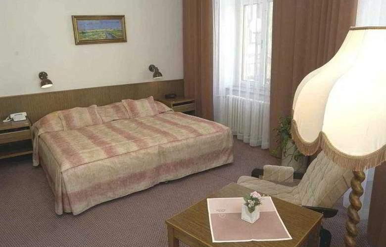 Slavia - Room - 0