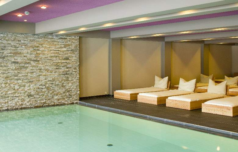Hagleitner Family Balance Hotel & Spa - Pool - 6