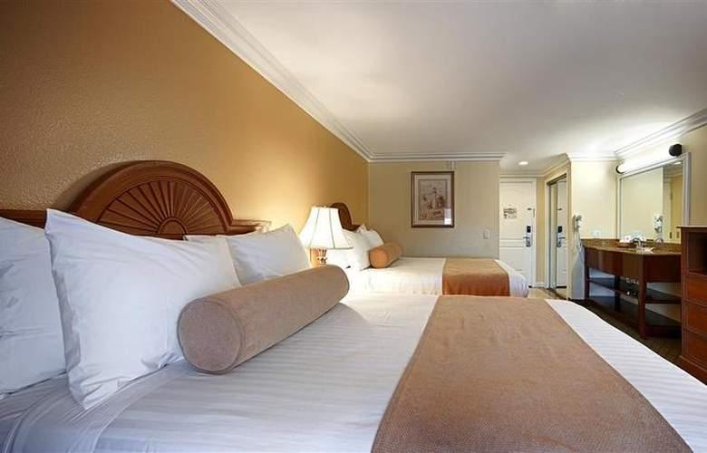 Best Western Harbour Inn & Suites - Room - 18