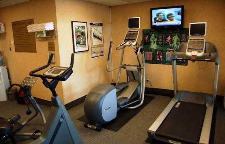 Hampton Inn by Hilton Ottawa - Sport - 9