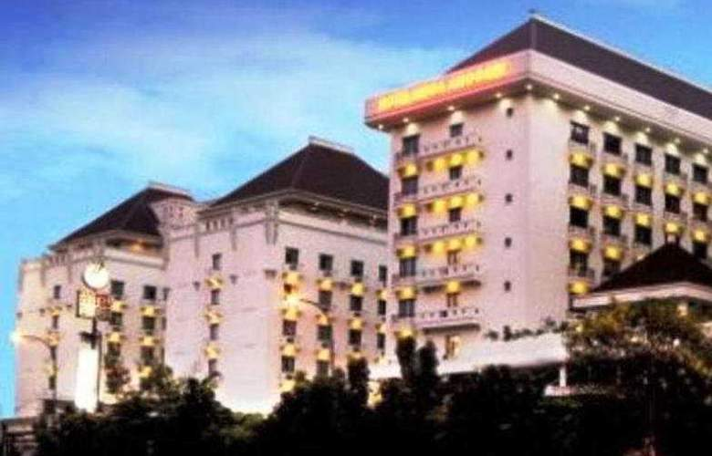 Mega Anggrek I - Hotel - 0