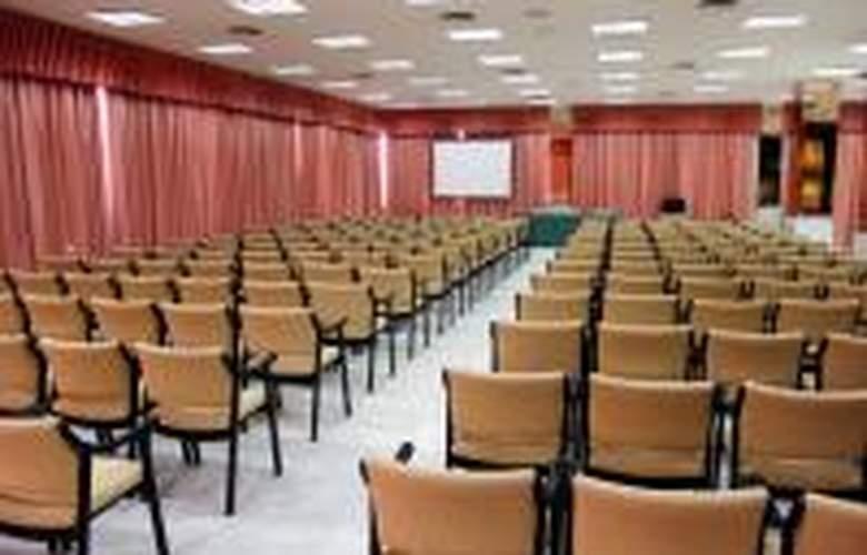 Cavanna - Conference - 63