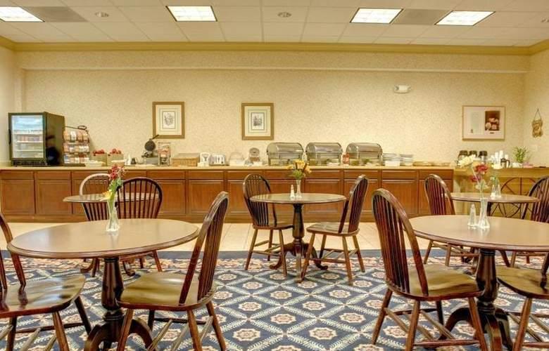 Best Western Old Colony Inn - Restaurant - 81