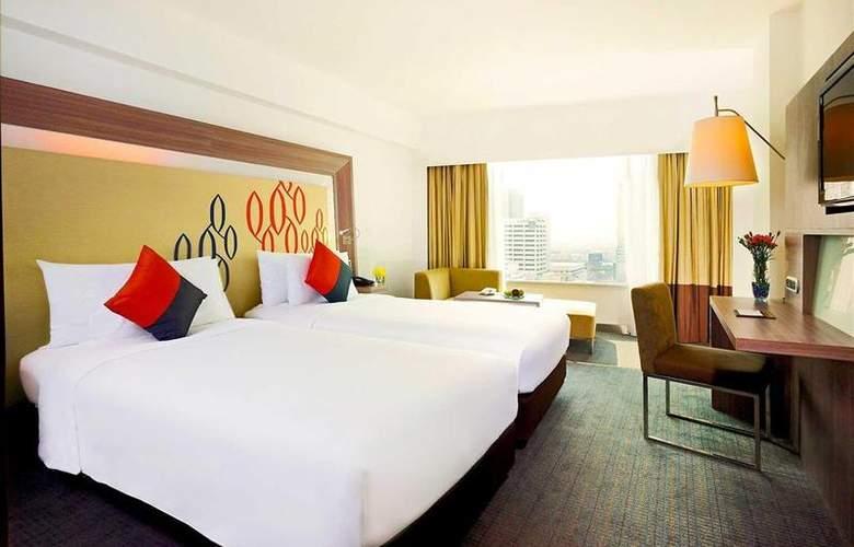Novotel Bangkok Fenix Silom - Room - 5