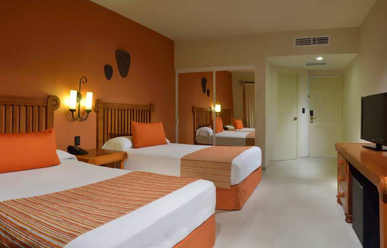Catalonia Yucatan Beach - Room - 10