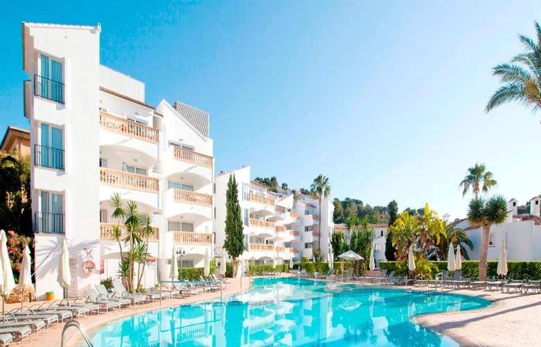 La Pergola Aparthotel - Pool - 49