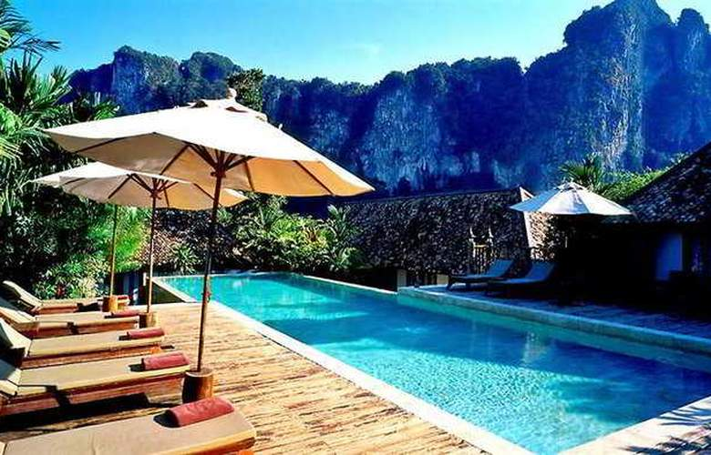 Cliff Ao Nang Resort - Pool - 9
