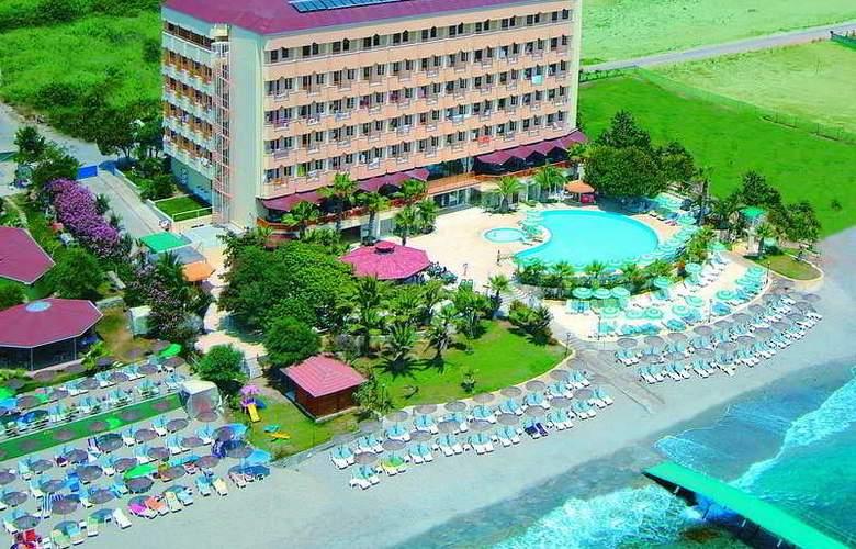 Anitas - Hotel - 0