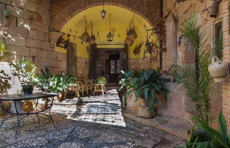 Palacio Guzmanes Hospederia Rural - Terrace - 42