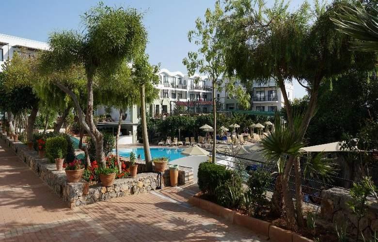 Arminda - Hotel - 4