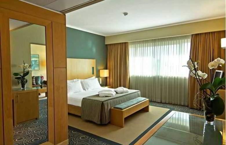 Sana Malhoa - Room - 15