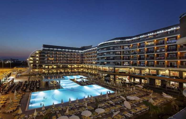Zen The Inn Resort & Spa - Hotel - 8