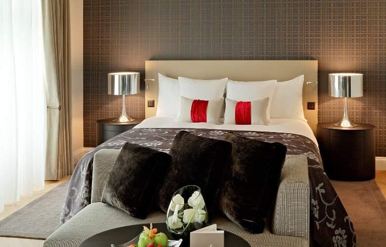 Hotel Schweizerhof Bern - Room - 2
