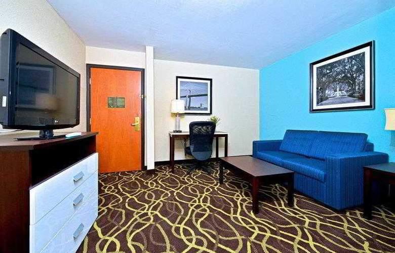 Best Western Bradbury Suites - Hotel - 13