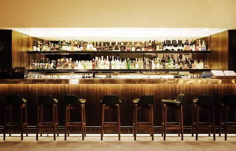 Square Nine Belgrade - Bar - 3