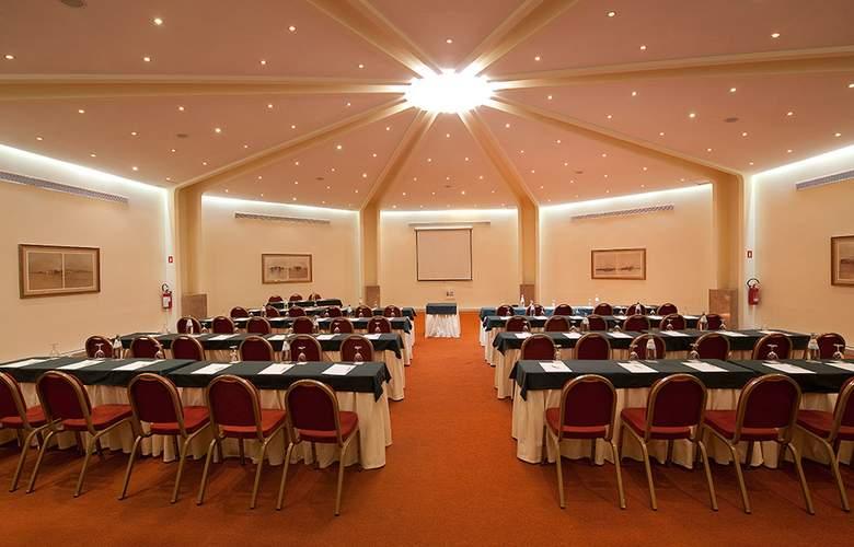 Vila Gale Ampalius - Conference - 4